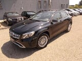 Foto Mercedes-Benz GLA 180 d Automatic Business