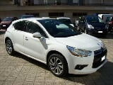 Foto DS Automobiles DS 4 BlueHDi 120CV S& So Chic Navy