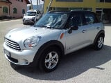 Foto MINI Cooper D Countryman Mini 1.6 ALL4 4x4...